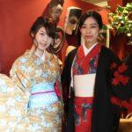京都のレンタル着物京呉館でレンタル着物をご利用くださったお客様写真。レトロなお着物と猫柄のかわいいお着物を選んでお出かけ。帯締めやアクセサリーでおしゃれに着こなしてくださいました。